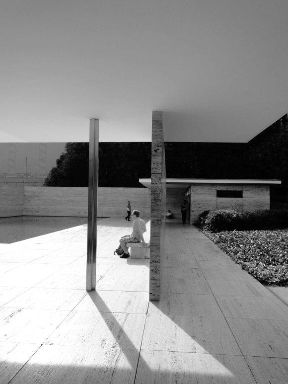 Barcelona Pavilion, Ludwig Mies van der Rohe, Barcelona, Spain